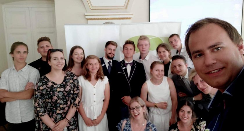 Uczniowski Okrągły Stół
