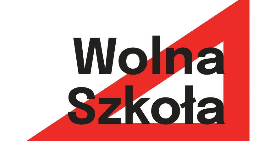 Akcja społeczna Wolna Szkoła. Czerwona ekierka symbolem obywatelskiego sprzeciwu.